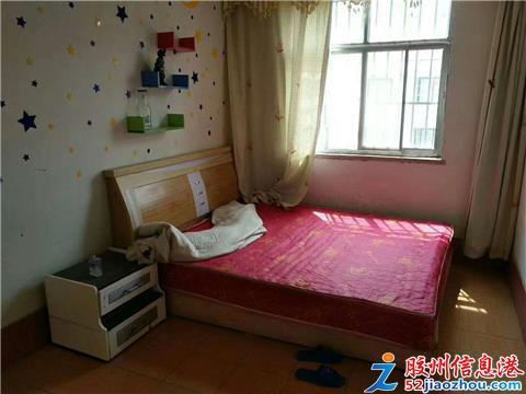 3室/700元/89平米/低价出租房