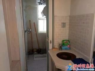 1室/750元/65平米/听溪园四楼套一,家电齐全,750月有钥匙看房方便