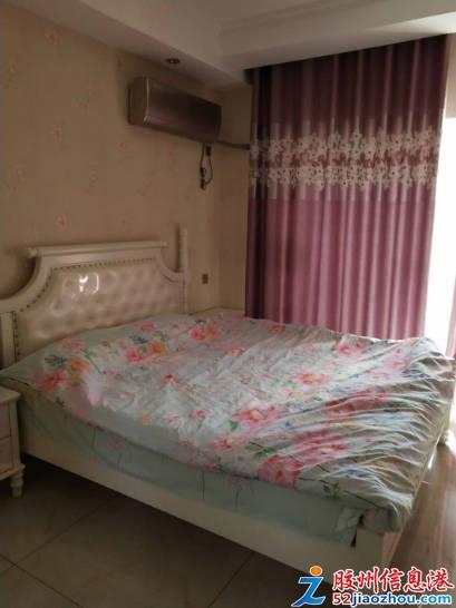 1室/1800元/78平米/东苑大厦精装修出租