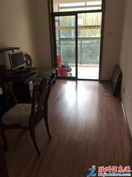 3室/1300元/120平米/出租�{水假期南院一��г禾兹�房�e�与p�獾嘏�房
