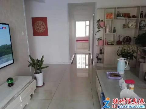 2室/1800元/90平米/出租,�渥拥仔�^,精�b地暖家�家具全,7�请�梯房,月租180